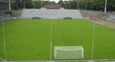 Stadion-am-Zoo,-Wuppertal_1